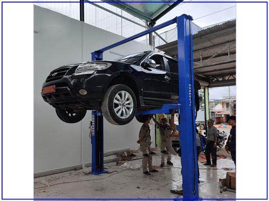 Quá trình nâng xe của cầu nâng 2 trụ Guangli