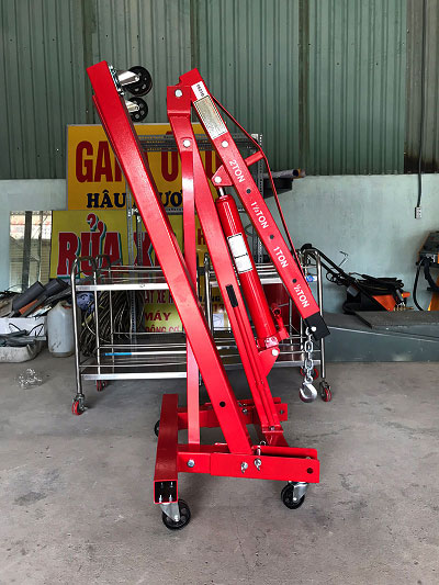 Cẩu móc động cơ 2 tấn có thể gập lại khi không sử dụng
