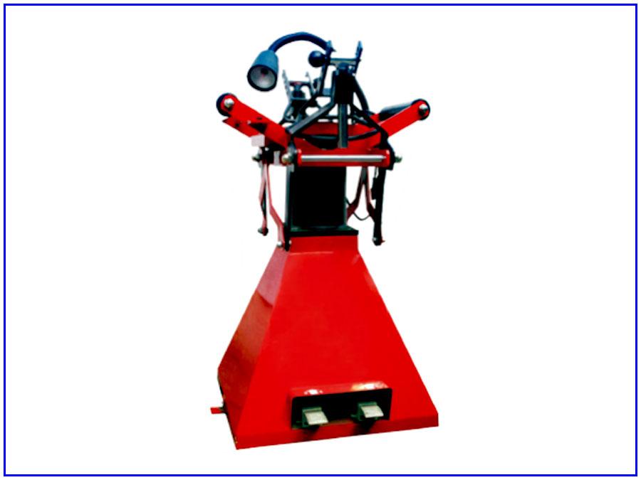 Dụng cụ banh lốp xe con bằng khí nén TAITEC QD-52