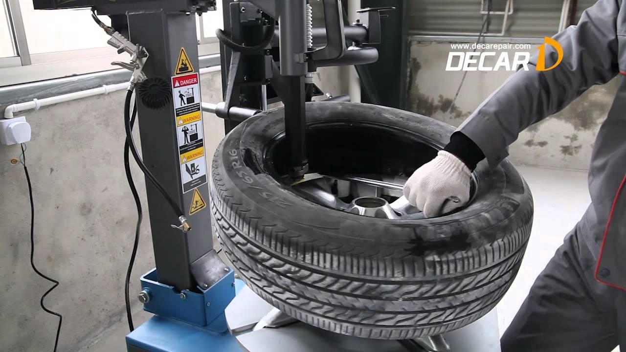 Máy ra vào lốp ô tô